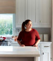 Alex Guarnaschelli - Old-School Comfort Food