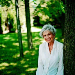 Alice Munro - Hateship, Friendship, Courtship, Loveship, Marriage