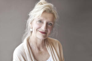 Elizabeth Strout - Amy and Isabelle