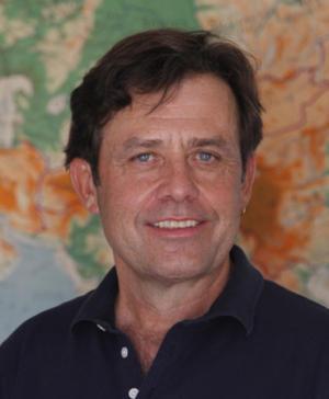 Douglas Veenhof - White Lama