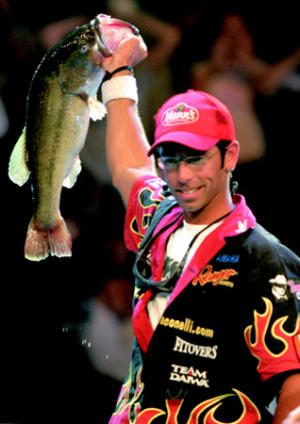 Mike Iaconelli - Fishing on the Edge