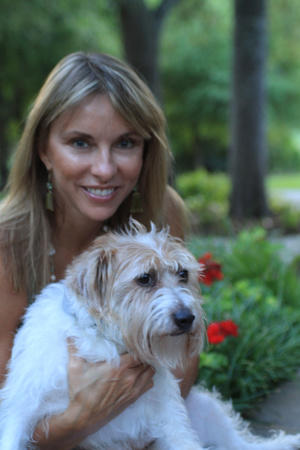Melissa Jo Peltier - How to Raise the Perfect Dog