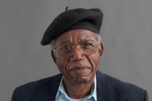 Chinua Achebe - A Man of the People