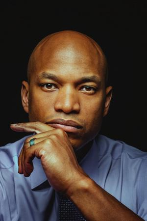 Wes Moore - Discovering Wes Moore (The Young Adult Adaptation)