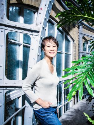 Tess Gerritsen - Girl Missing (Previously published as Peggy Sue Got Murdered)
